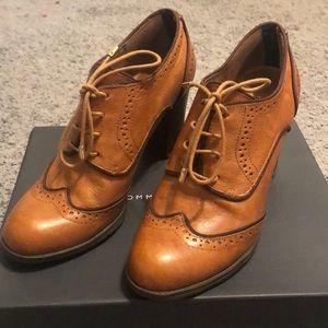 Tommy Hilfiger oxford heels